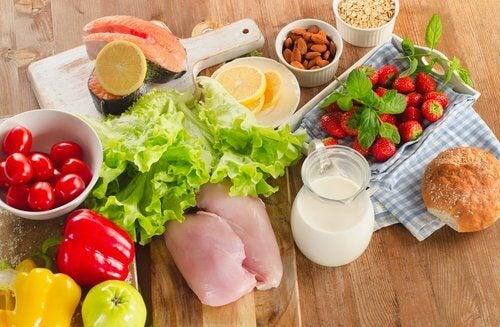 قد ترتبط الحساسية الموسمية بنوع من أنواع حساسية الطعام