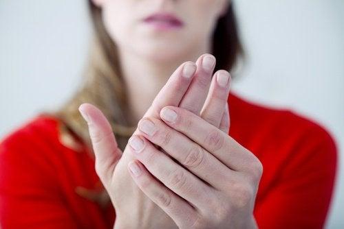 نقص كالسيوم الدم – اكتشف أعراض هذا المرض الصامت ووسائل علاجه وتجنب الإصابة به