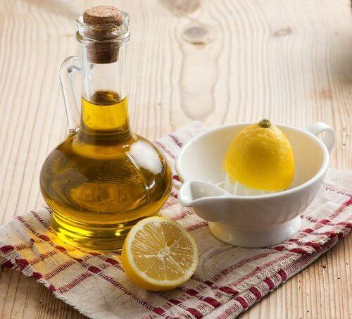 الليمون وزيت الزيتون