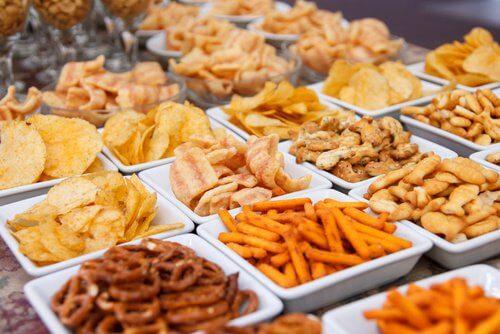 تناول الأطعمة المقلية على العشاء و زيادة الوزن أثناء النوم