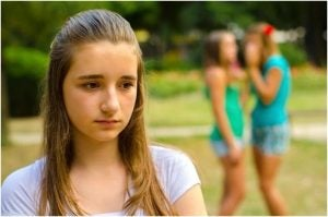 الإيذاء النفسي لفتاة من زميلاتها
