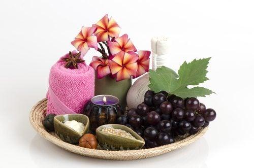 تحتوي فاكهة العنب على مضادات أكسدة وعناصر غذائية