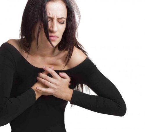 العوامل التي تزيد من فرص الإصابة بمشاكل القلب