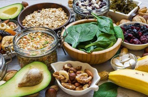 العناصر الغذائية الهامة بعد ال40