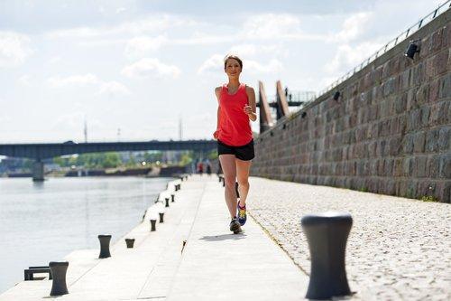 ممارسة الرياضة : 5 أطعمة يجب تجنب استهلاكها بعدها و 3 يُنصَح بها