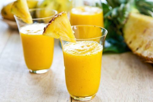 عصير الأناناس والزنجبيل