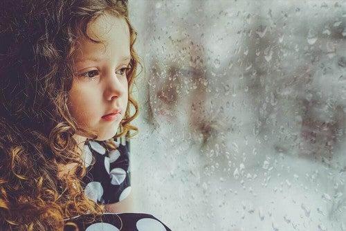 ماذا يحدث للأشخاص الذين حرموا من الحب أثناء فترة طفولتهم؟