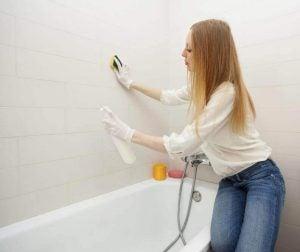 تنظيف بانيو الحمام