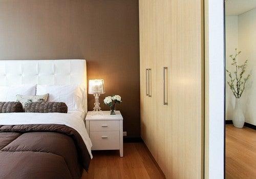 غرفة النوم - اكتشف 6 وسائل رائعة تجعل غرفة نومك مكانًا صحيًا ونظيفًا