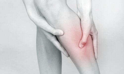 آلام الساق كأحد أعراض السكتة الدماغية