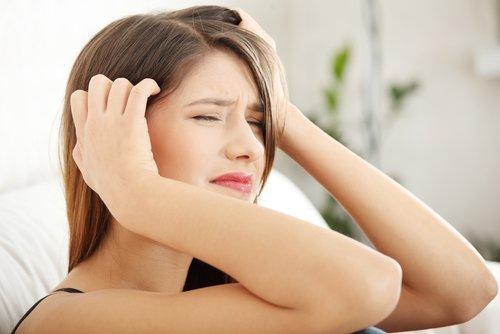 الصداع كأحد أعراض السكتة الدماغية