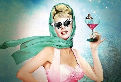 امرأة تشرب