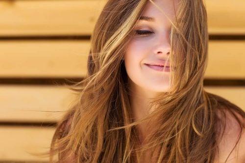 30 طريقة طبيعية تساعد على نمو الشعر ثقف نفسك