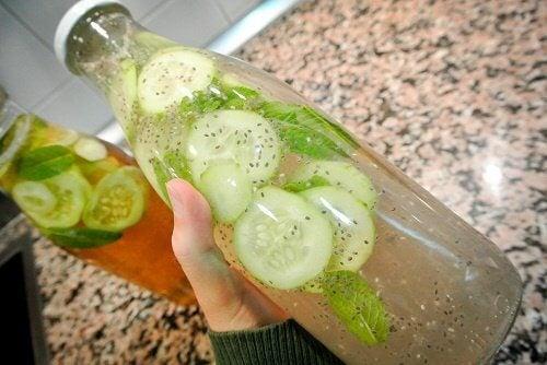 ماء الخيار - تعرف على ستة أسباب طبية مذهلة ستدفعك إلى شربه كل يوم