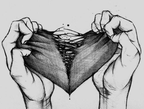 يدان تمزقان قلب