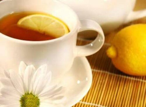 فنجان-من-شاي-الليمون