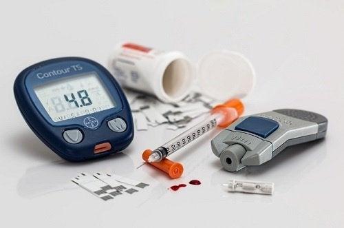 جهاز قياس نسبة السكر في الدم