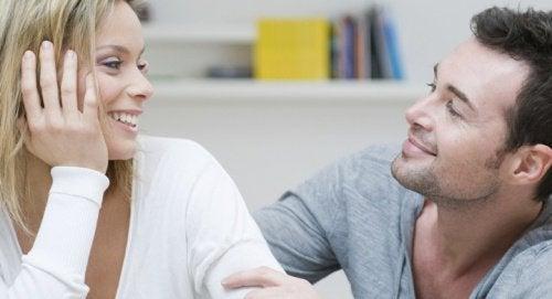 التحدث وفوائد الذكاء الاجتماعي