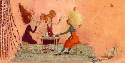 سيدات يشربن القهوة