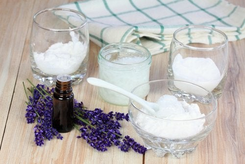 تركيبة طبيعية لإزالة رائحة العرق