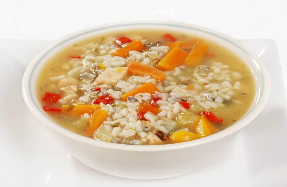 التعافي من الإسهال – ثلاثة وصفات حساء تخلصك من أعراض الإسهال بسرعة