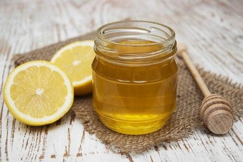 عبوة عسل مع الليمون