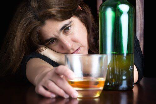 استهلاك الكحوليات والمسهلات