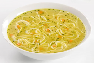 حساء النودلز والدجاج