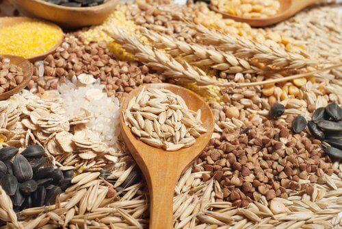 أنواع الحبوب الكاملة في نظام غذائي صحي