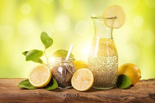 الفقدان السريع للوزن – اخسر الوزن بسرعة باستخدام الليمون والزنجبيل وبذور الشيا
