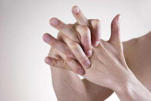 حركات في اليدين لتخفيف التوتر