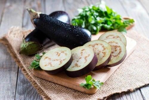 الباذنجان المقلي - اكتشف وصفة الباذنجان المقلي سهلة التحضير واللذيذة