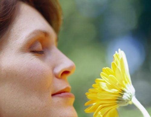 ستساعدك على تعلم كيفية السيطرة على مشاعرك