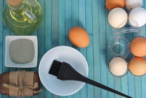 علاجات صفار البيض – 3 علاجات منزلية لترطيب الشعر الجاف