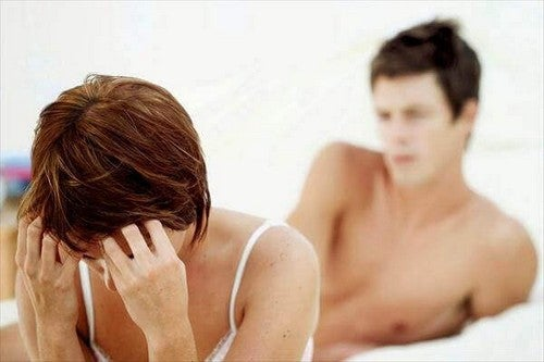 زوجان يعانيان من مشاكل جنسية
