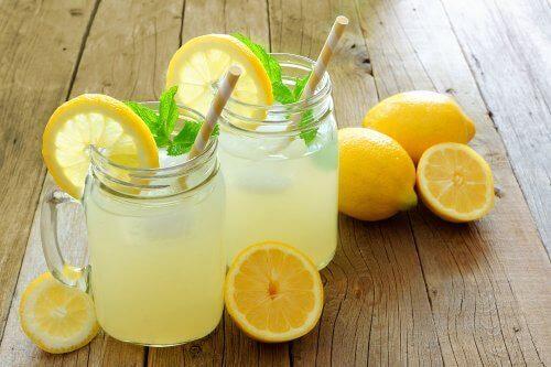 مشروب الليمون وماء بذور الكتان – هل يساعد على فقدان الوزن؟