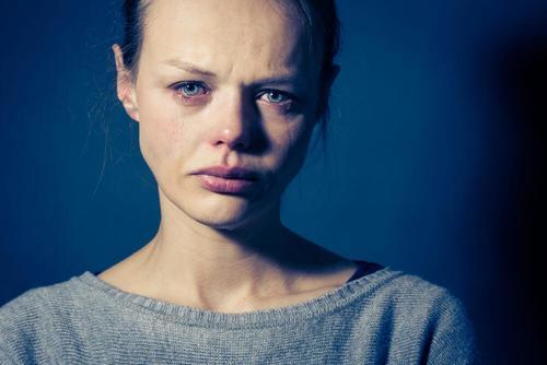 الألم والمشاعر السلبية – حاول أن تنسى ألمك كي تستطيع البدء من جديد