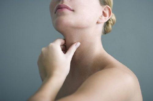 التهاب الغدة الدرقية لهاشيموتو - 6 أشياء تحتاج إلى معرفتها عن الحالة