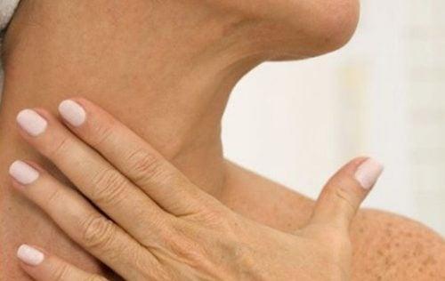 تجاعيد الرقبة - 5 علاجات طبيعية تساعدك على التخلص منها