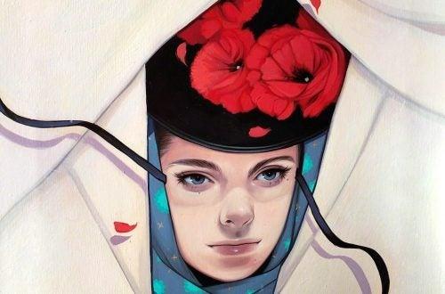 فتاة تلبس قبعة من الزهور