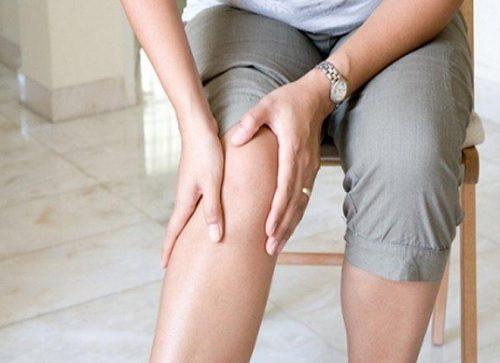 تخفيف آلام الركبة – 10 حيل لتخفيف آلام الركبة من خلال نظامك الغذائي