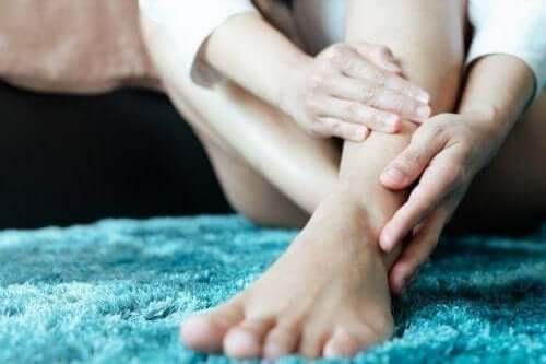 متلازمة تململ الساقين – اكتشف المزيد عن هذا الاضطراب العصبي معنا اليوم