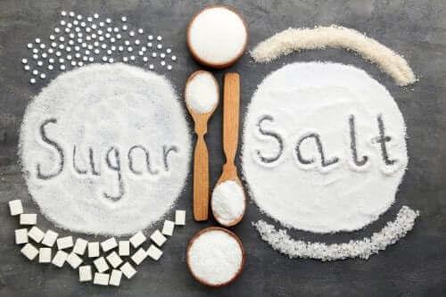 الاستهلاك المفرط للملح والسكر: أيهما أكثر ضررًا على صحتك؟