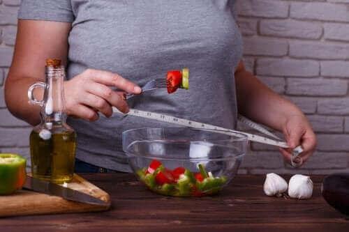خسارة الوزن – اكتشف 3 حميات فعالة لا تعرض صحتك للخطر