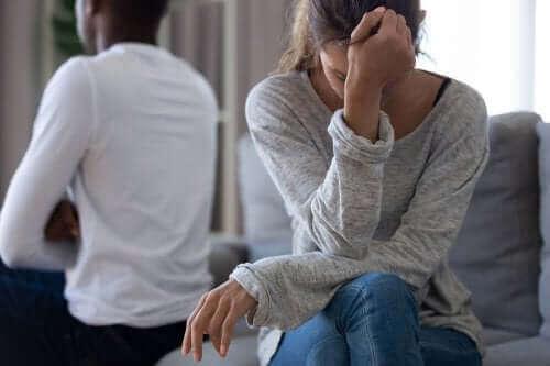 الثقة بالنفس - كيف تستعيد ثقتك بنفسك بعد انتهاء العلاقة العاطفية؟