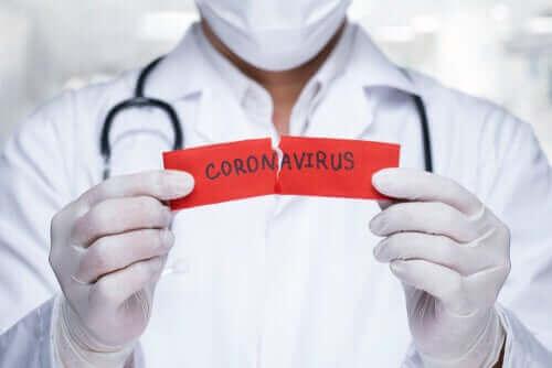 خرافات شائعة حول فيروس كورونا المستجد (كوفيد-19)