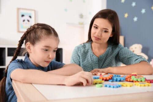 مواجهة العزل المنزلي مع وجود أطفال مصابين بإعاقة ذهنية