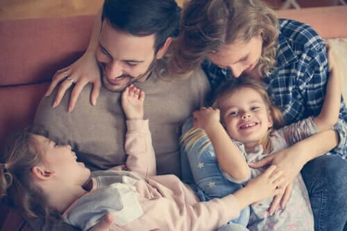 دور الآباء خلال فترة العزل المنزلي بسبب فيروس كورونا