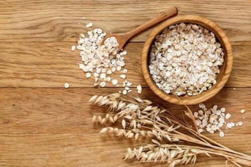 تخفيض مستوى الكوليسترول بالشوفان