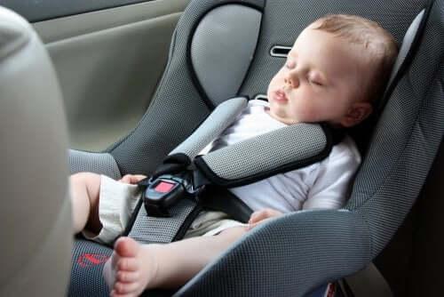 السفر لمسافات طويلة مع طفل رضيع